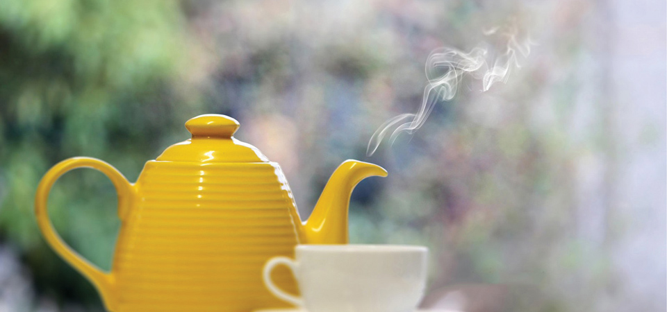 teapot and tea
